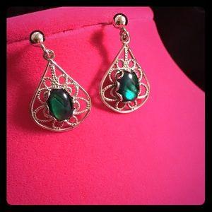 Jewelry - Emerald Green Drop Earrings